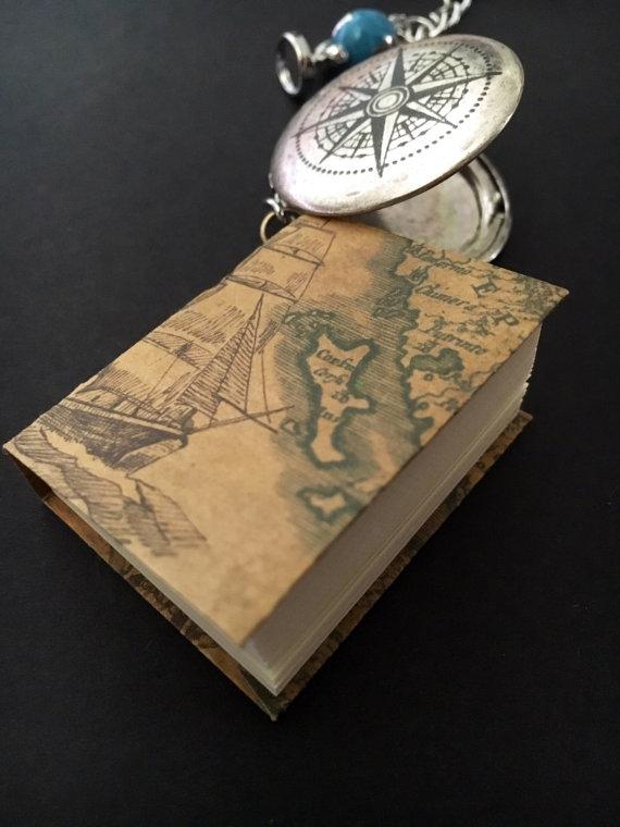 Traveler keychain 2